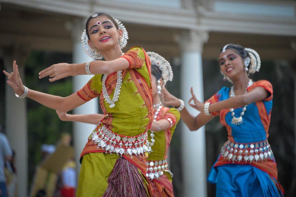Dance1 Nanavarna
